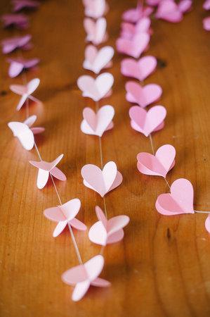 Мастер класс: гирлянда из сердечек для декора свадьбы