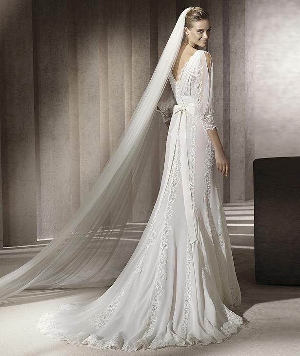 h4pn0063-b Свадебные платья от дизайнера Manuel Mota