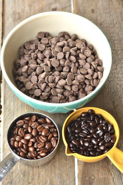 kofe-v-shokolade-dlya-svadebnogo-kendi-bara-3 Мастер класс: кофе в шоколаде для свадебного Кенди Бара