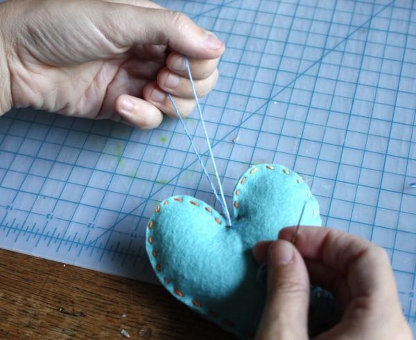 krepim-nitku Мастер класс: подарки для гостей - ароматные сердечки