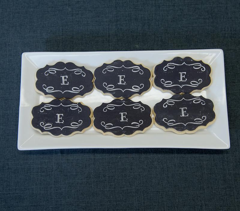 Мастер класс: свадебные печенья с монограммами в подарок гостям на свадьбу.