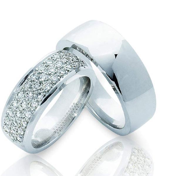 Фотоподборка свадебных колец из серебра