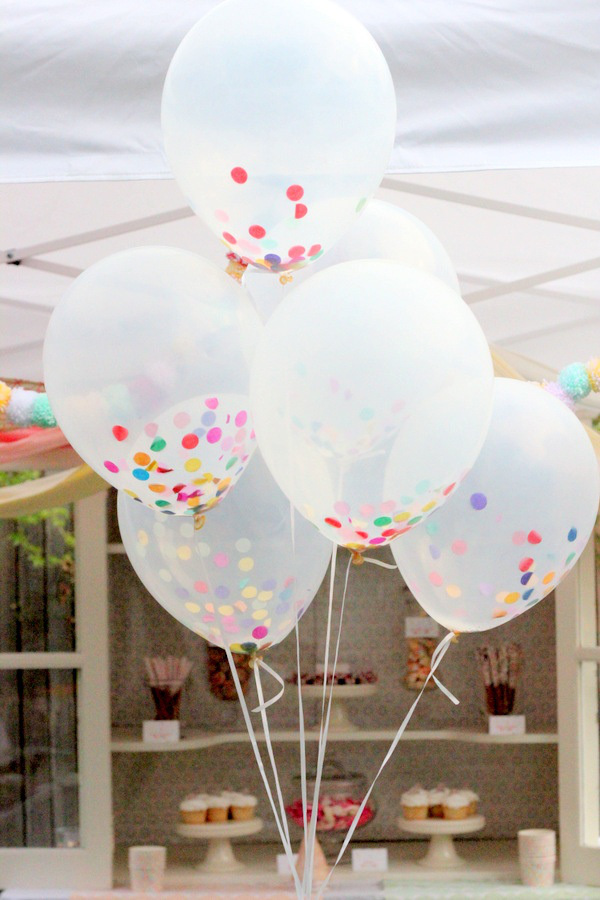 Несколько идей как использовать воздушные шары в декоре свадьбы