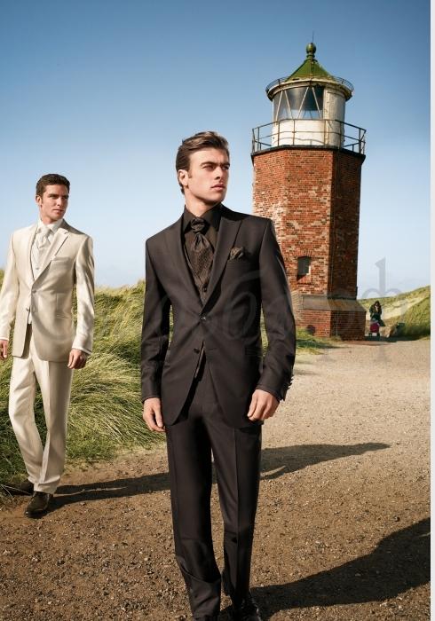 suite532 Мужская коллекция костюмов от фирмы Wilvorst