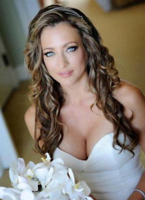 svadebnye_pricheski_raspushchennye_1_0 Все за и против распущенных волос на свадьбе