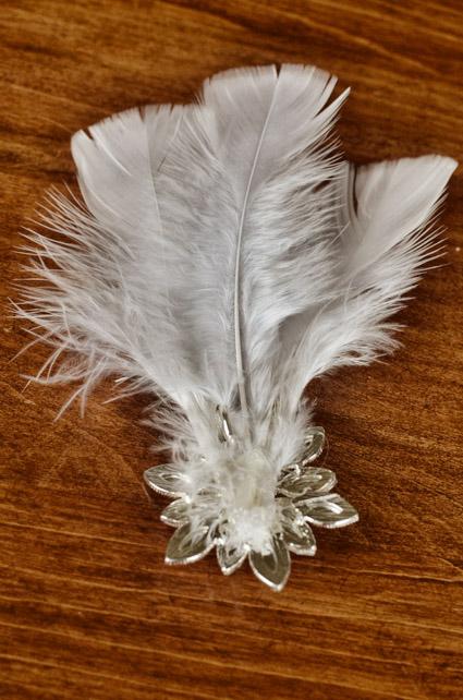svadebnyj-obodok-s-peryami-5 Мастер класс: свадебный ободок с перьями