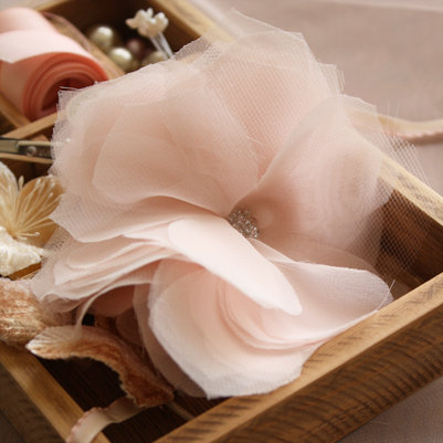 Мастер класс: тканевый цветок для декора свадьбы