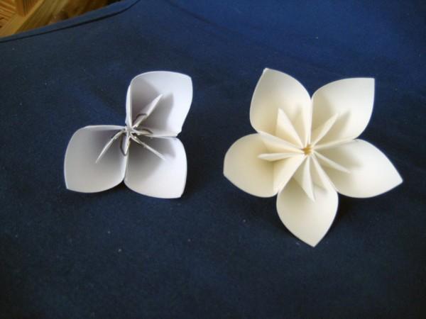 venok-iz-bumazhnyh-tsvetov5 Мастер-класс: декор из бумажных цветов для украшения свадьбы