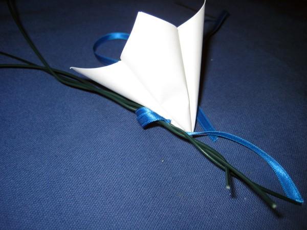 venok-iz-bumazhnyh-tsvetov8 Мастер-класс: декор из бумажных цветов для украшения свадьбы