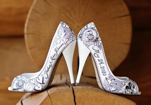 wbsept_2shoes_500x300 Модный дизайн свадебных туфель на сезон 2014 -2015