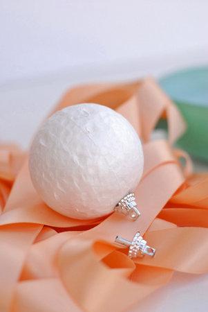 zerkalnyj-shar-dlya-dekora-svadebnyh-podarkov-4 Мастер класс: зеркальный шар для  свадьбы своими руками.