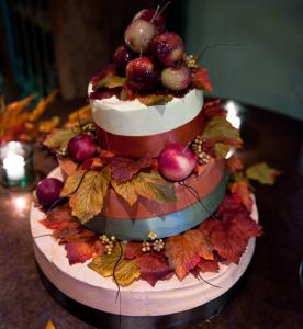 1106991_121o5bnj8gj4ogcok-276x300 Сочная свадьба в яблочном стиле