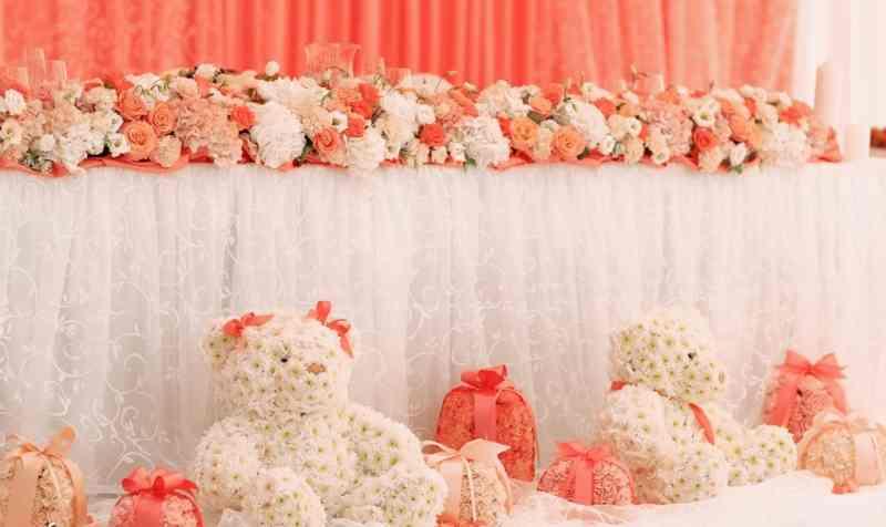 19586898 Оформление свадьбы игрушками