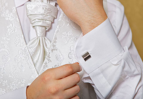 Запонки для жениха, на что обратить внимание?