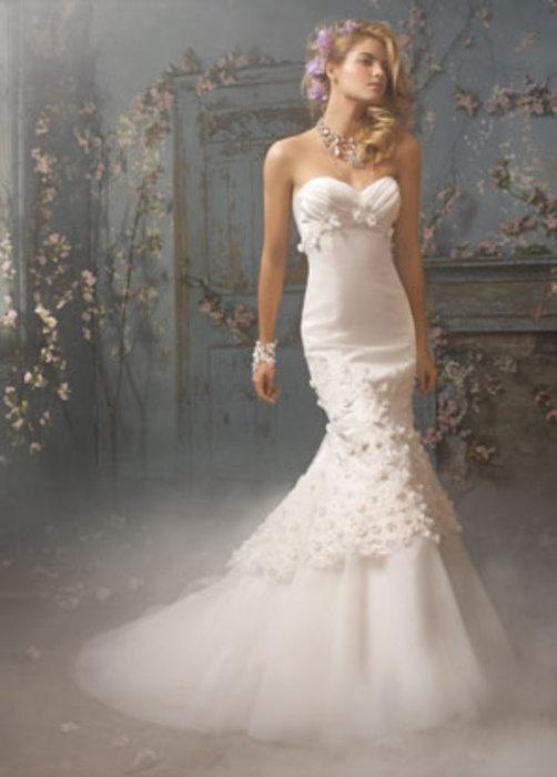 7_363 Свадебные платья Alvina Valenta