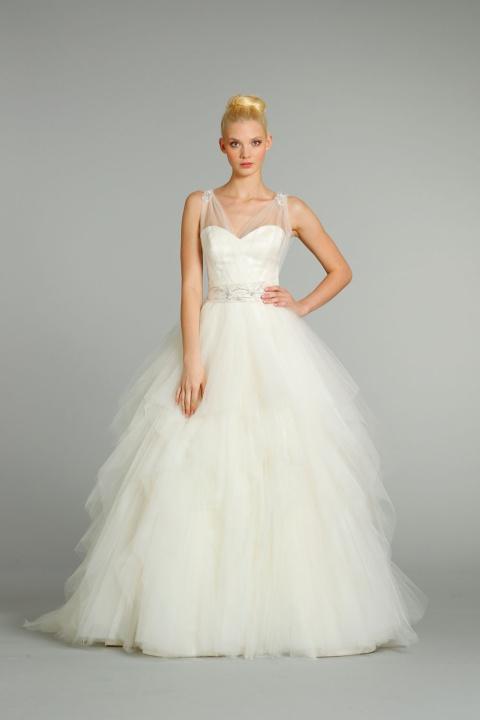 9261_1 Свадебные платья Alvina Valenta