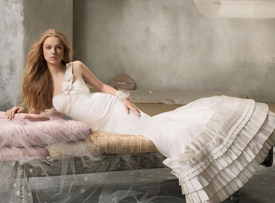 Свадебные платья Alvina Valenta
