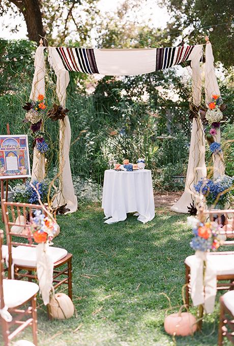 Kak-ukrasit-altar-dlya-vyezdnoj-registratsii14 14 лучших идей для оформления выездной регистрации брака