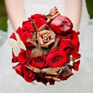 TBIaDePpqcQ-kopiya-300x300 Сочная свадьба в яблочном стиле