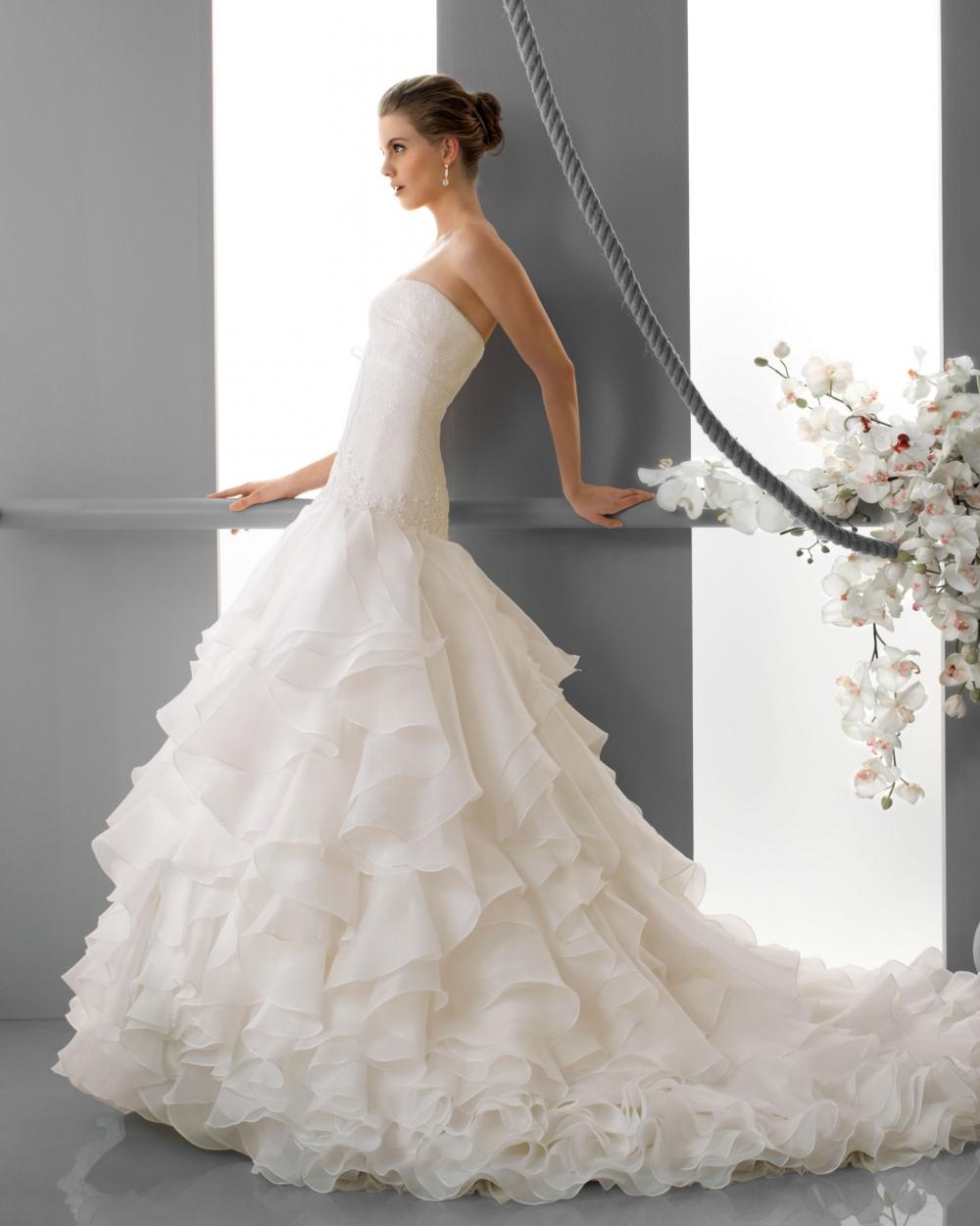 f5c7bcddd6_1000 Свадебные  платья  Luna Novias