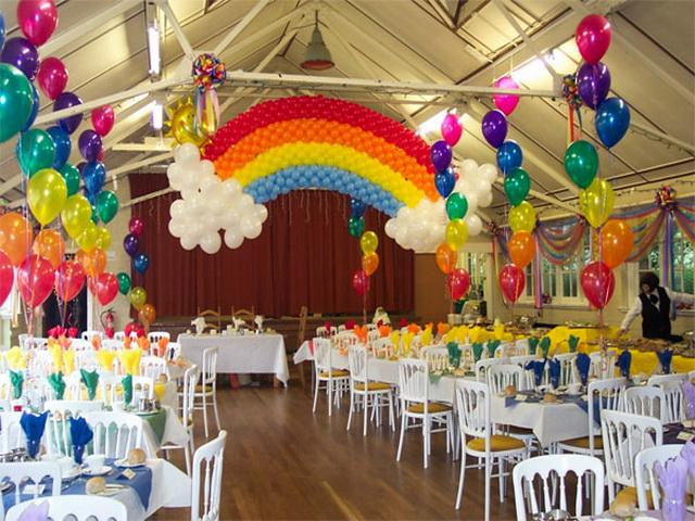 Фигуры из воздушных шаров на свадьбу