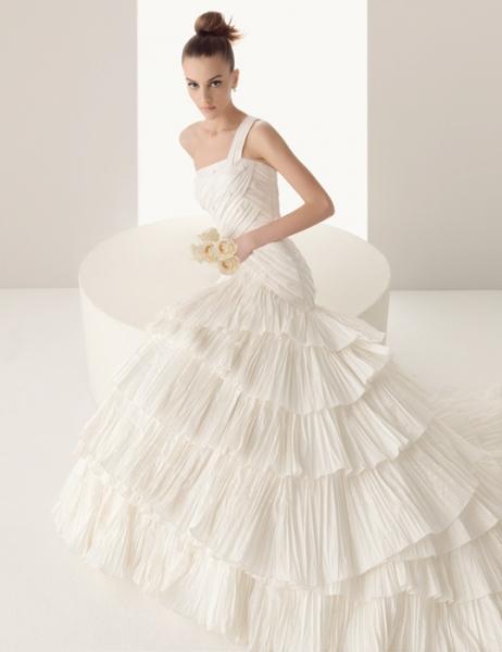 Свадебные  платья  Luna Novias