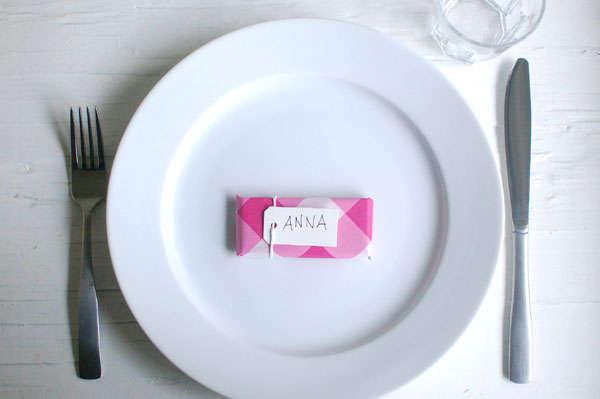 Мастер класс: сладкие карточки для рассадки гостей