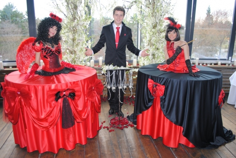 «Мадам фуршет» современное развлечение для гостей на свадьбу