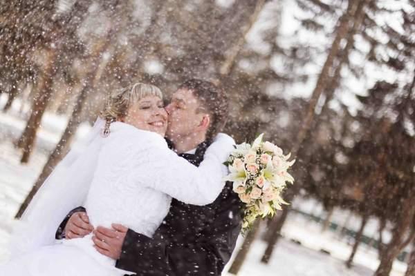 qrk5zskw Свадьба зимой: плюсы и минусы