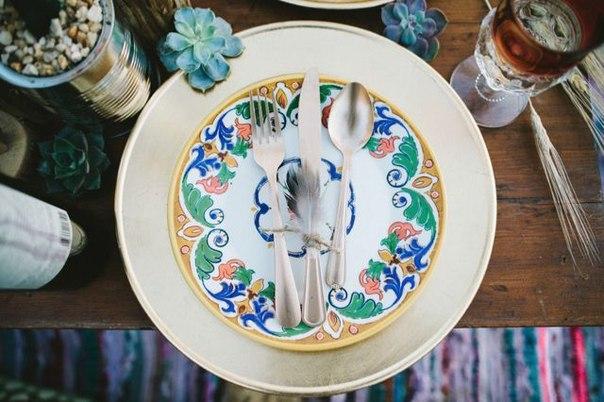 """svadba-v-stile-indejtsy-5 Свадьба в стиле """"Индейцы"""": используем этнический орнамент индейцев, птичьи перья и цветы"""