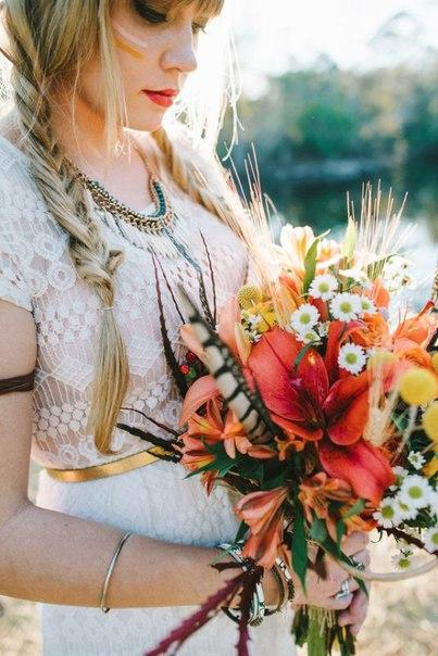 """svadba-v-stile-indejtsy-7 Свадьба в стиле """"Индейцы"""": используем этнический орнамент индейцев, птичьи перья и цветы"""