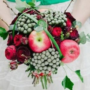 vpFWr5TEaCM-kopiya-300x300 Сочная свадьба в яблочном стиле