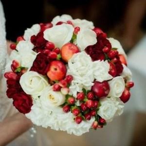 y6hGhy4h2tE-kopiya-300x300 Сочная свадьба в яблочном стиле