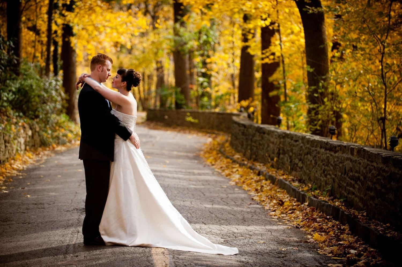 Мифы об осенней свадьбе