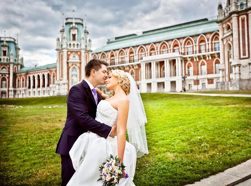 87c04c4d3bf74919b5b51cd4466a65fb-1024x758 Места в Москве для официальной выездной регистрации брака