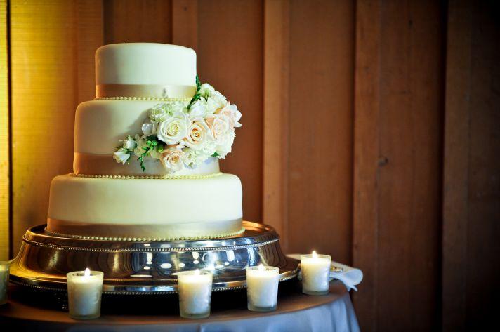 Топ-3 начинки для свадебного торта премиум класса