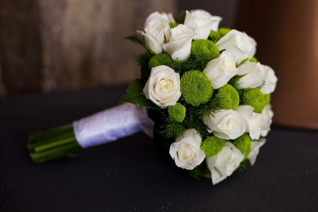 Букет невесты своими руками: простой способ.