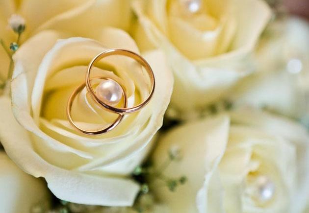 Выбираем способ оповещения гостей о свадьбе, особенности свадебных приглашений