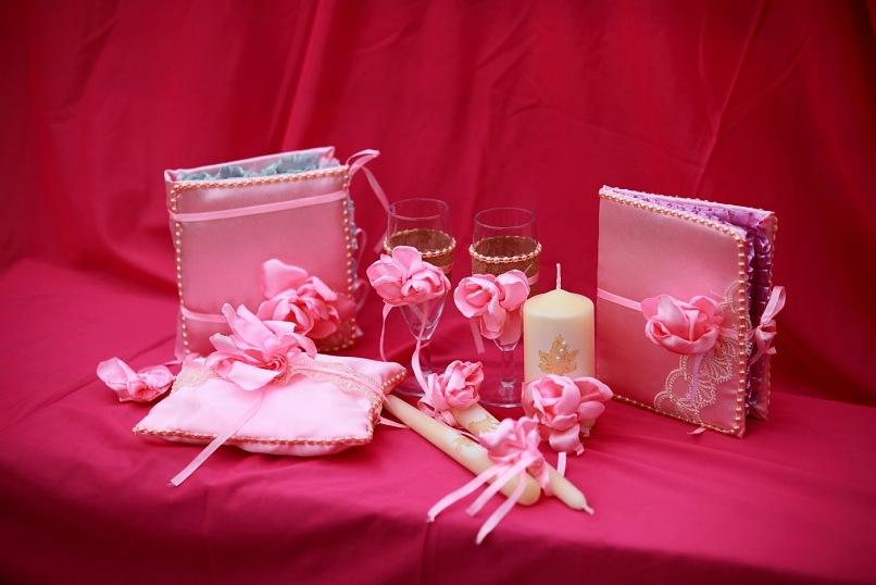 Виды свадебных аксессуаров: 4 основных группы свадебных аксессуаров
