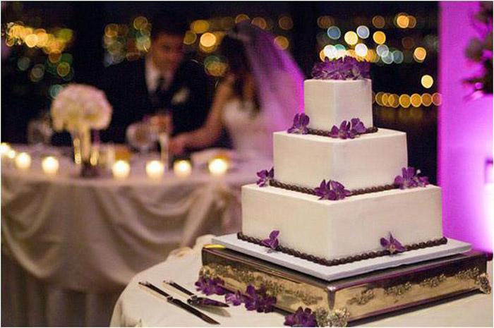 svadebnyj-tort-romanticheskoe-ugoshhenie Свадебные торты,сладкий и  важный момент при организации свадьбы!
