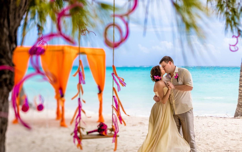 Пляжная свадьба в Карибском стиле