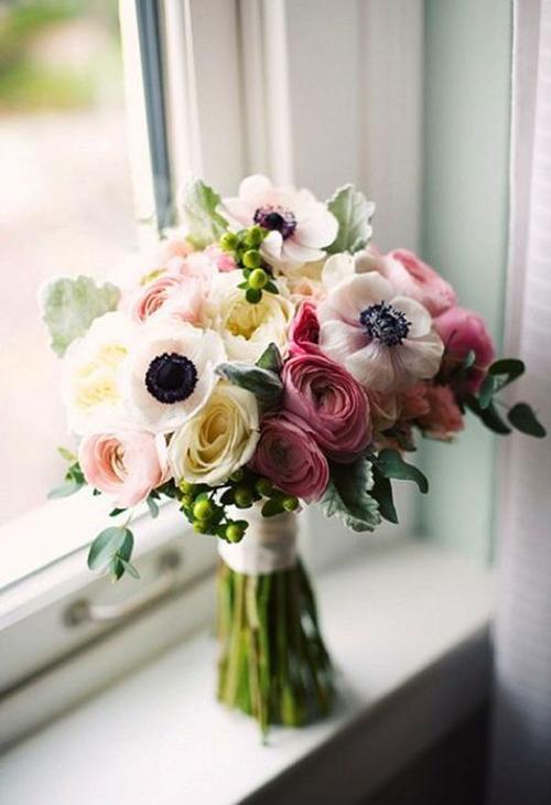 Anemony-v-svadebnom-bukete1 Анемоны в свадебном букете