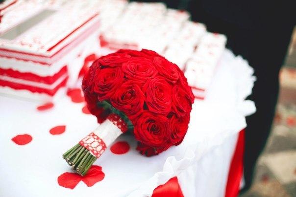 Krasnye-svadebnye-bukety14 Красные свадебные букеты