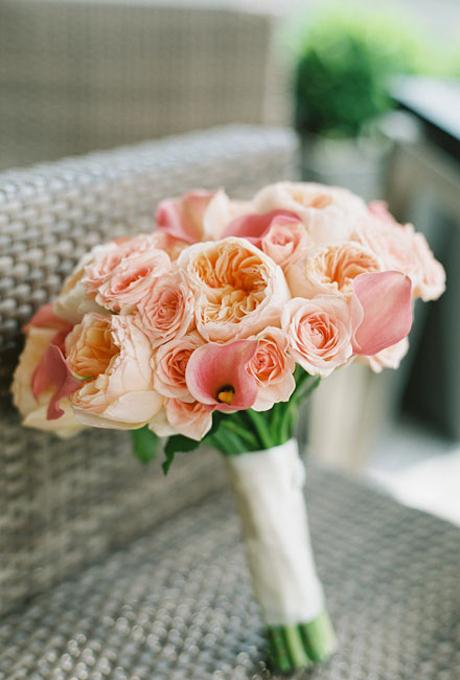 Svadebnye-bukety-v-persikovom-tsvete11 Свадебные букеты в персиковом цвете