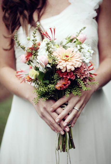 Svadebnye-bukety-v-persikovom-tsvete3 Свадебные букеты в персиковом цвете
