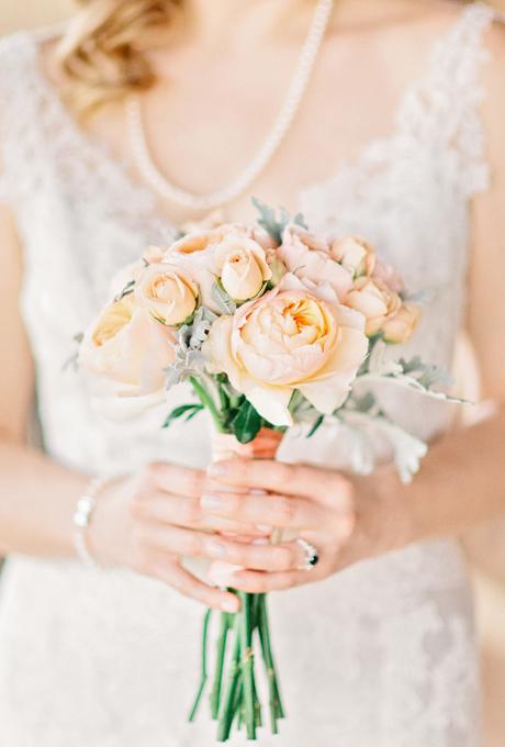 Svadebnye-bukety-v-persikovom-tsvete5 Свадебные букеты в персиковом цвете