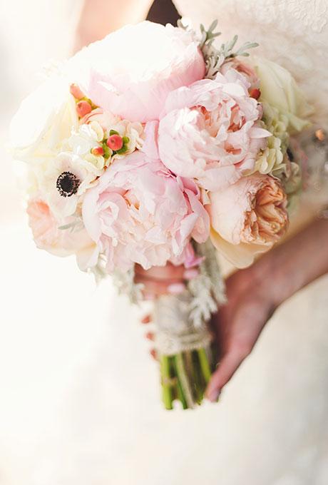 Velikolepnye-rozovye-svadebnye-bukety-12 Великолепные розовые свадебные букеты