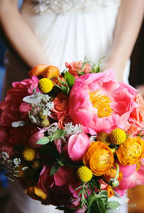 Velikolepnye-rozovye-svadebnye-bukety-13 Великолепные розовые свадебные букеты