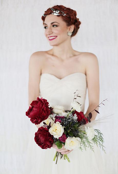 Zimnie-svadebnye-bukety14 Зимние свадебные букеты: выбираем зимний букет