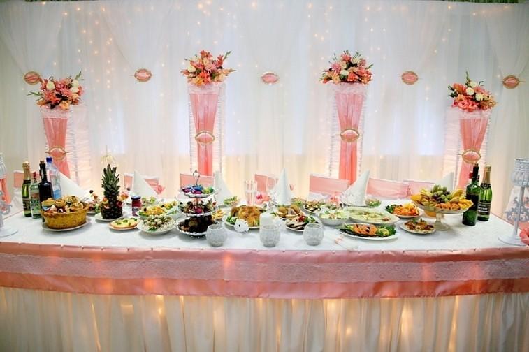 147 Эффектная и интригующая свадьба в коралловом цвете